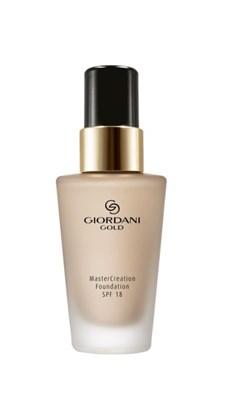 Преображающая тональная основа Giordani Gold MasterCreation SPF 18