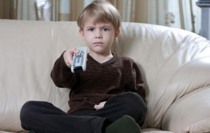 Как влияет телевидение на развитие ребенка