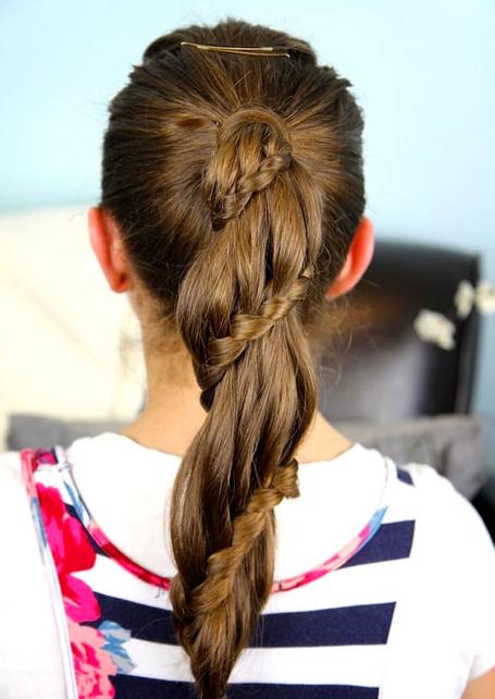 красивые причёски в школу