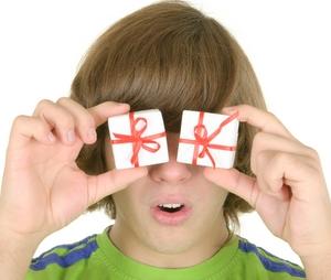 Как подобрать подарок для подростка