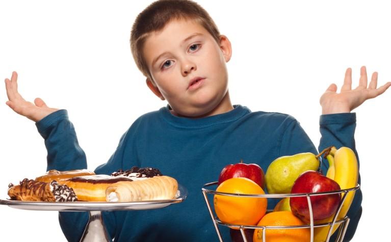 Полный ребёнок: как помочь малышу сбросить лишний вес?